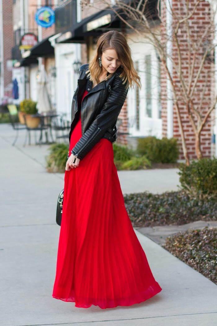 Vestido rojo combinado con chaqueta