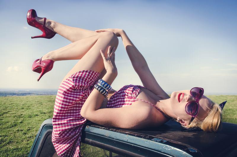 ¿Cómo convertirte en una Pin-up Girl paso a paso?